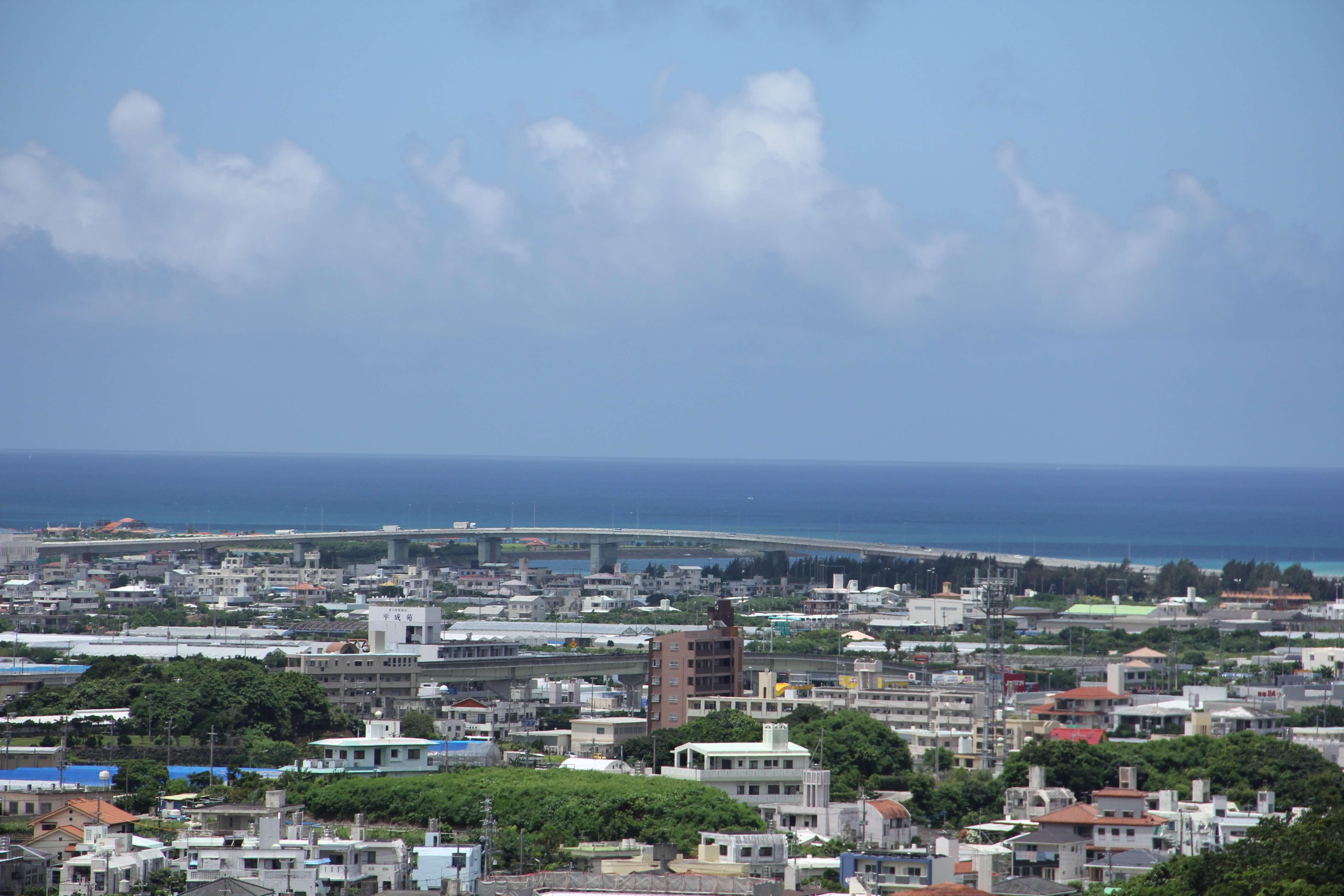 旧海軍司令部壕から見える景色