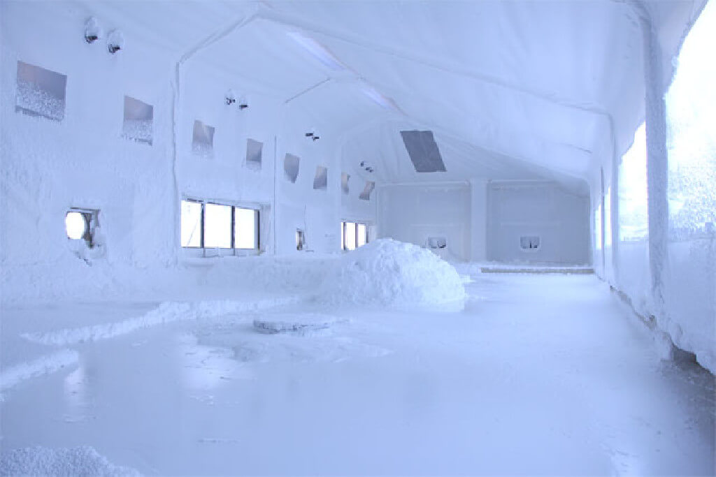 『ぬちまーす観光製塩ファクトリー』常温瞬間空中結晶製塩法