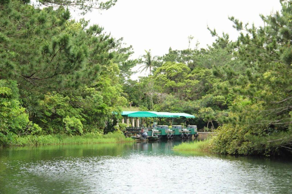 『ビオスの丘』湖水鑑賞舟