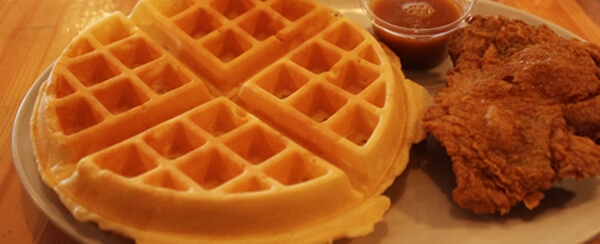 『CC's Chicken&Waffles』2ピースチキン&ワッフル