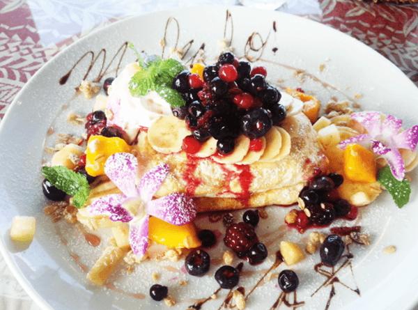 『Hawaiian Cafe Dining KOA』もりもりフルーツパンケーキ