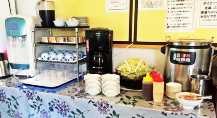 『香港飲茶点心中華料理 金』ランチセルフコーナー