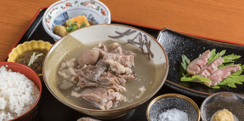 『大衆料理 南風原御殿』山羊汁定食(1,780円)