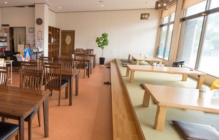 『咲レストラン』店内の雰囲気