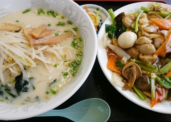 お得なラーメンセット(豚骨ラーメン+中華飯)