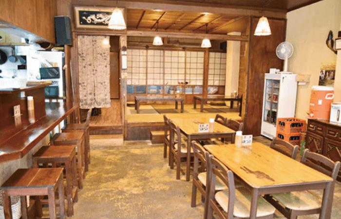 『台湾小吃「花蓮(かれん)」』店内の雰囲気