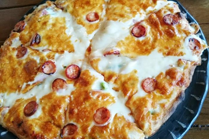 『ピザ喫茶ミモザの木』ミックスピザ