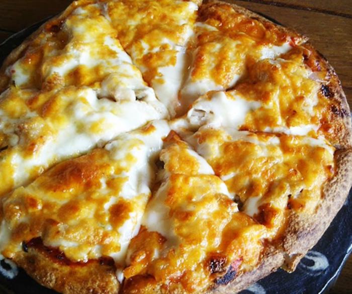 『ピザ喫茶ミモザの木』小谷ピザ