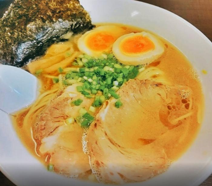『らぁ麺 悠心』豚骨ラーメン