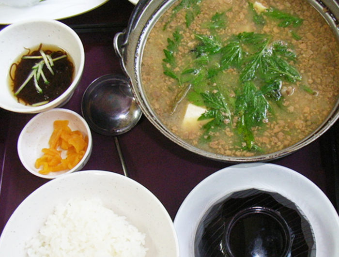 『海鮮料理 浜の家』アバサー汁定食