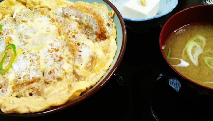 『たけのこ食堂』カツ丼
