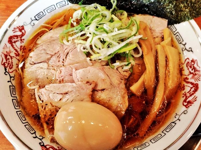 『流川ラーメン』特製醤油ラーメン