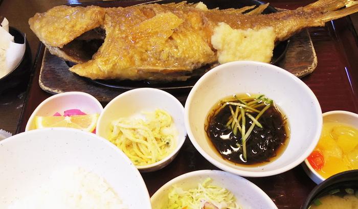 『海鮮料理 浜の家』魚のバター焼き