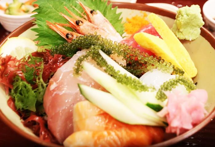 『海鮮料理 浜の家』海鮮丼