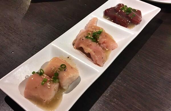 『炭火焼肉 GOSAMARU』選べるホルモン三種盛 丸ちょう・上ミノ・レバー