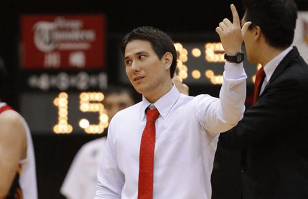 藤田弘輝ヘッドコーチ 三遠ネオフェニックスヘッドコーチ時代の写真