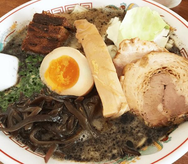 『熊本ラーメン 育元 経塚店』育元ラーメン