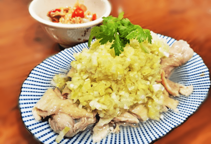 金燕楼(ザ・ゴールデンスワロー)葱油鶏