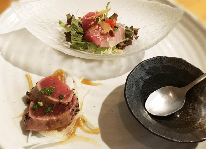 糸満漁民食堂 本日の前菜2種(しびれ醤油で食べるお刺身、マグロの粒こしょう焼き)