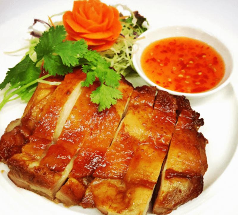 タイ料理 Benjarong(ベンジャロン)ガイヤーン ローストチキン