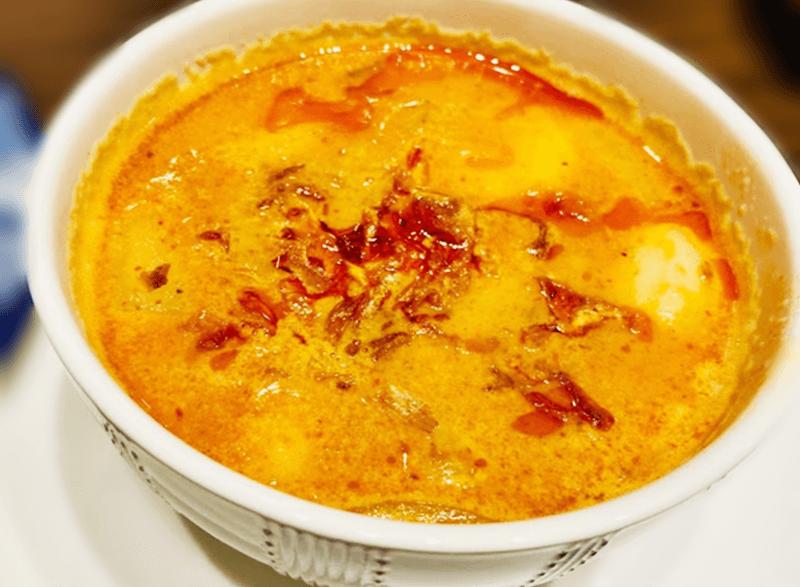 タイ料理 Benjarong(ベンジャロン)マッサマンカレー