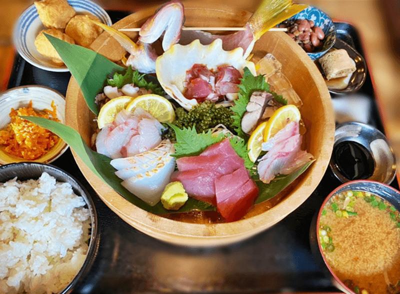 一郎屋 宜野湾店 刺盛定食