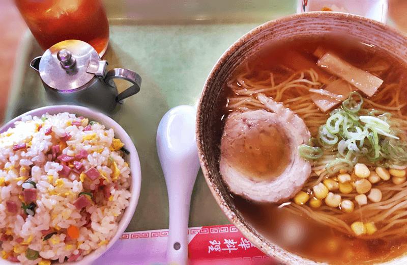 海邦飯店 ラーメンと炒飯セット