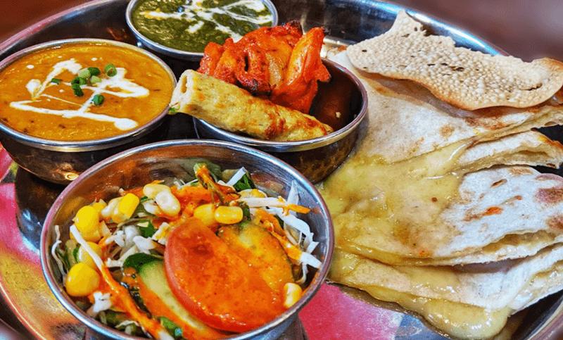 シヴァ マハル(Shiva Mahal)チーズナンセット