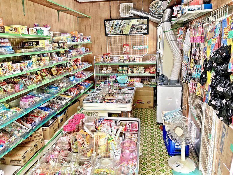 駄菓子屋 よっちゃんの店 店内の雰囲気